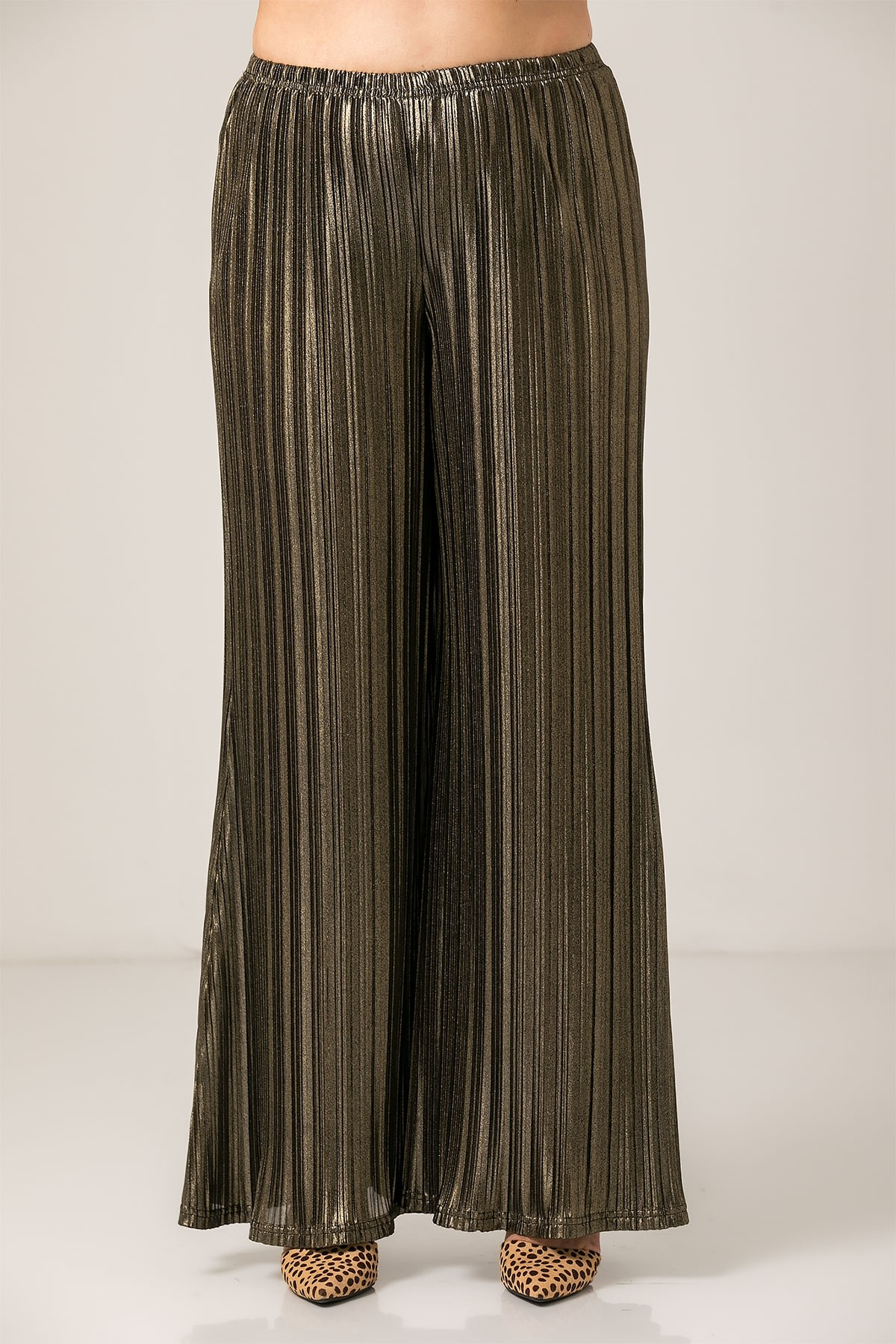 GOLD METALLIC PLEATED WIDE LEG TROUSERS