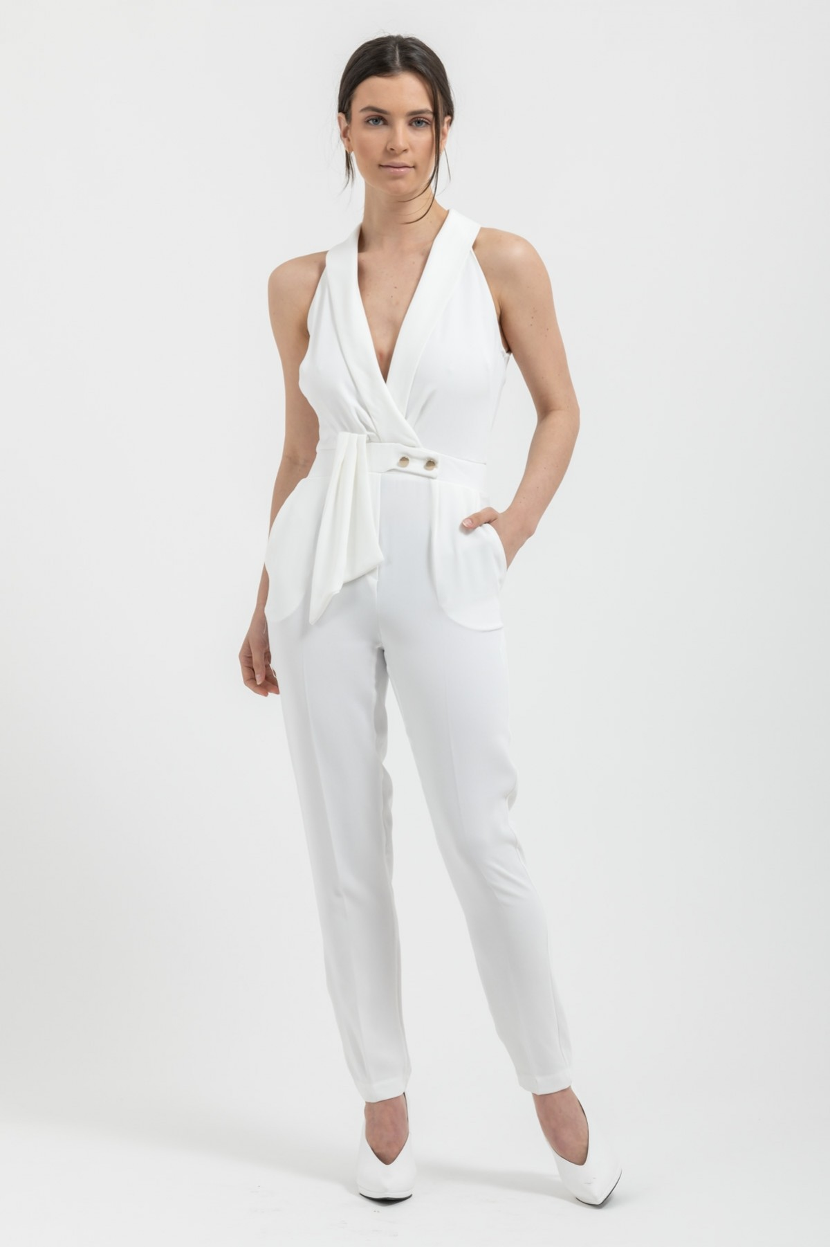 SLEEVELESS TUXEDO-COLLAR JUMPSUIT-OFF WHITE