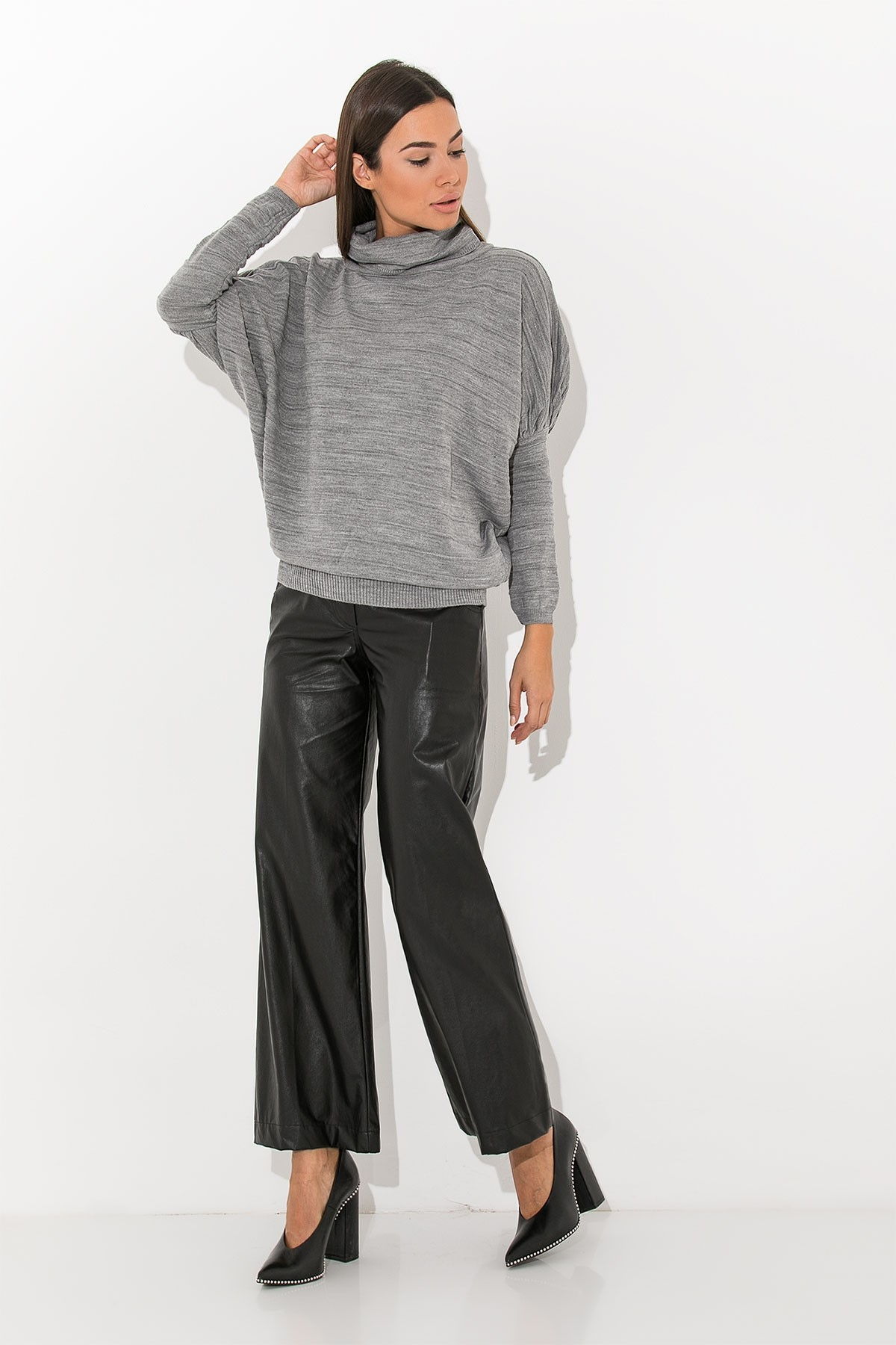 GRAY BASIC COWL TURTLENECK BLOUSE