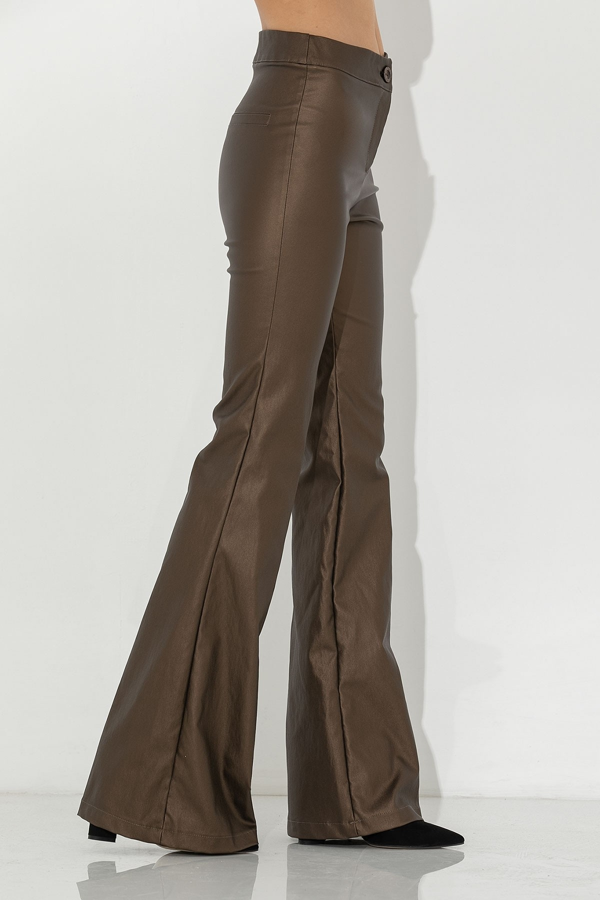 METALLIC GOLD FLARED TROUSERS