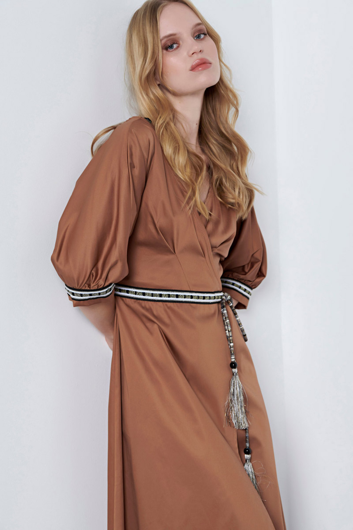 CARAMEL WRAP MIDI POPLIN DRESS