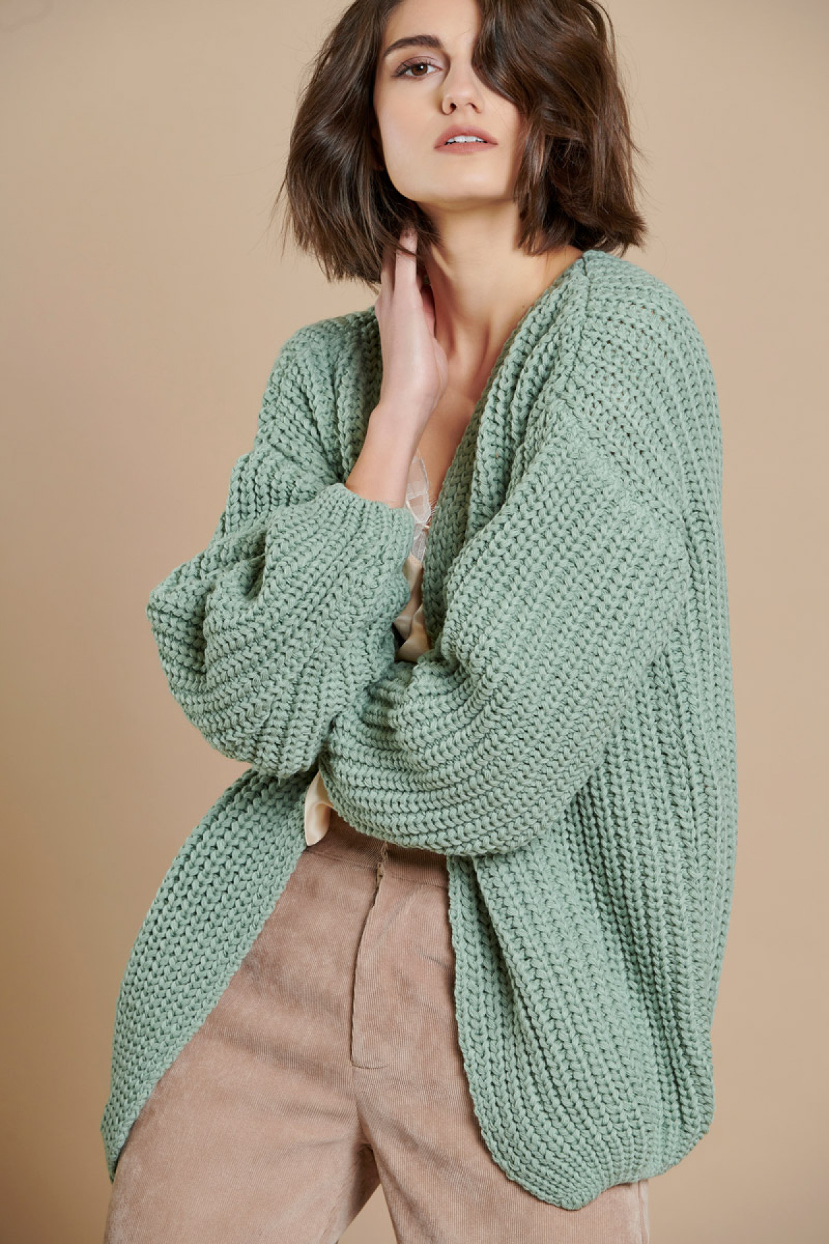 CABLE KNIT CARDIGAN ARTICHOKE GREEN