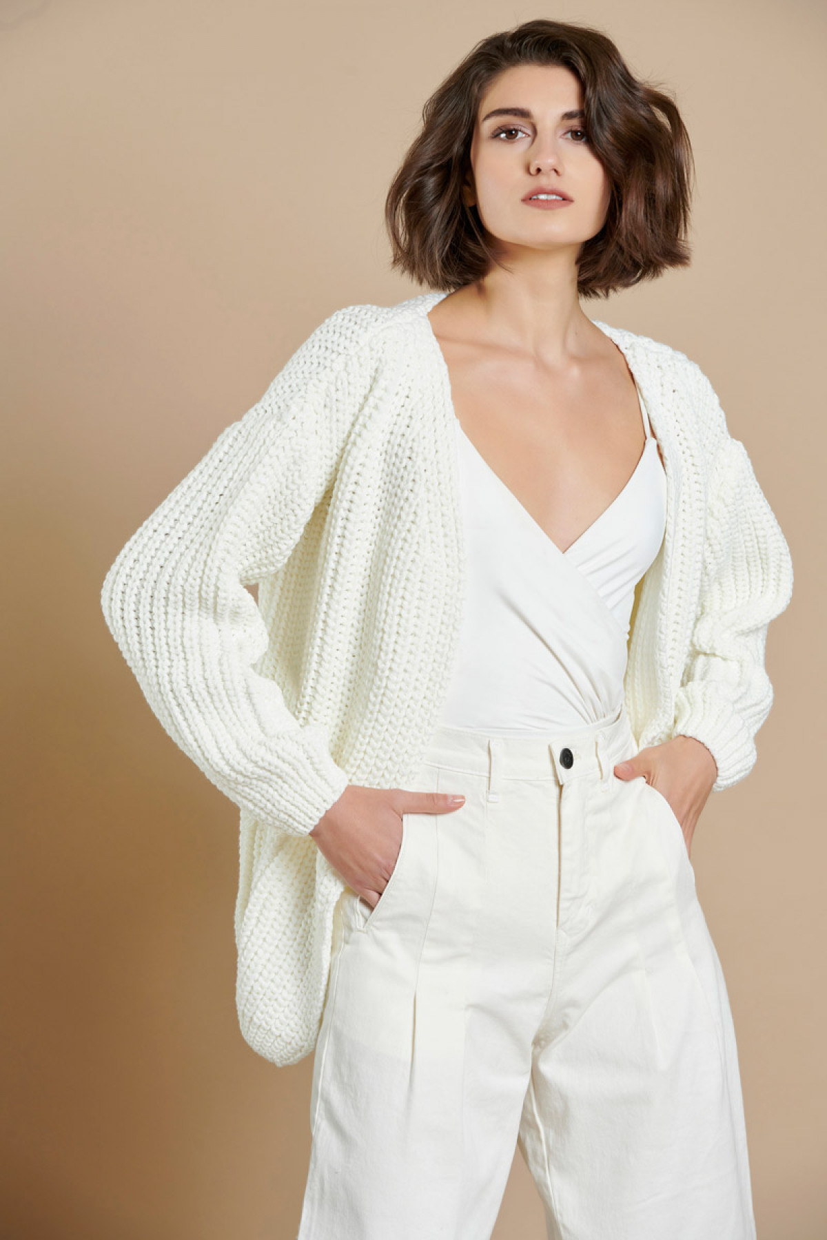 CABLE KNIT CARDIGAN OFF WHITE