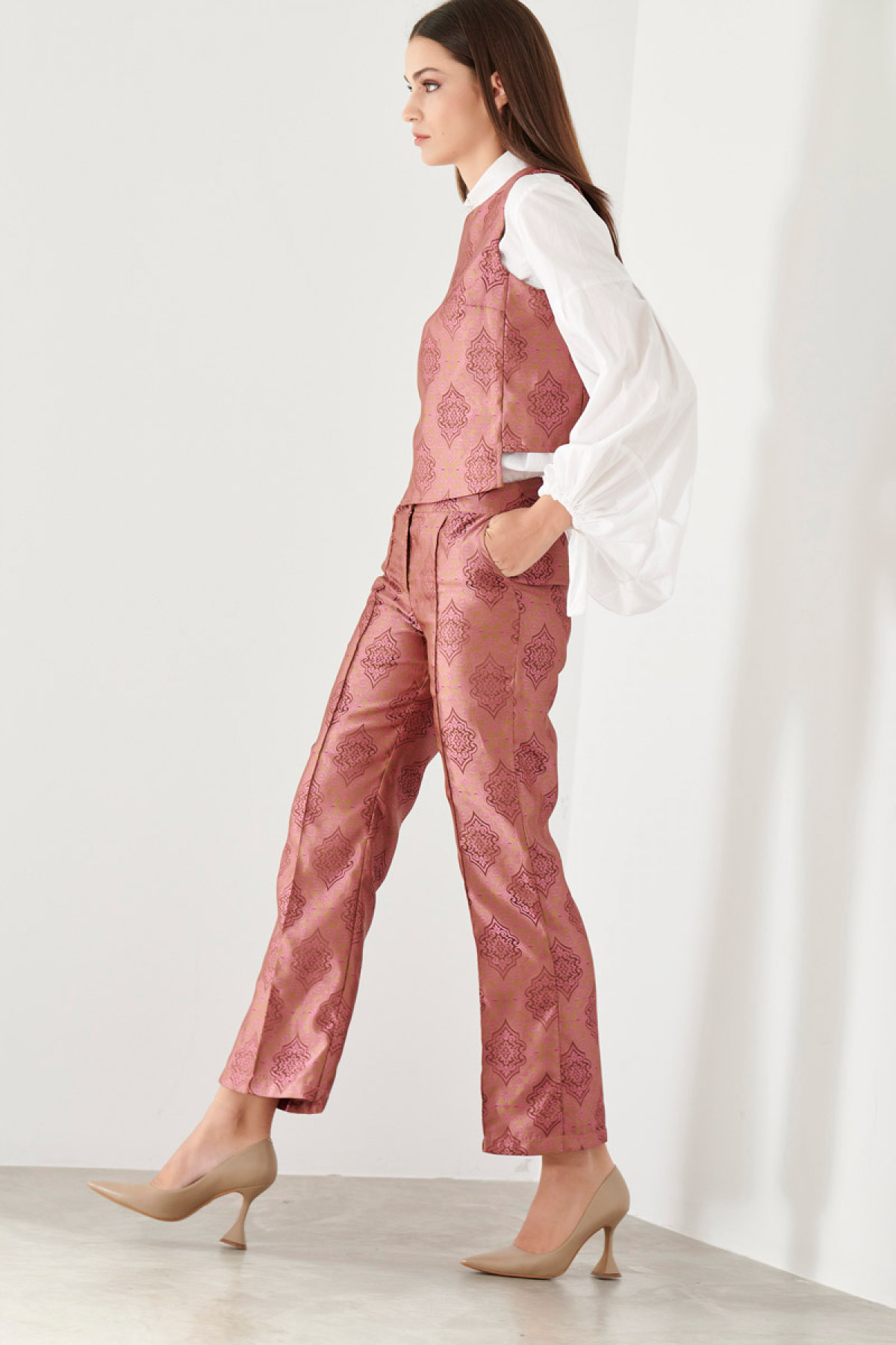 CROPPED BROCADE TROUSERS