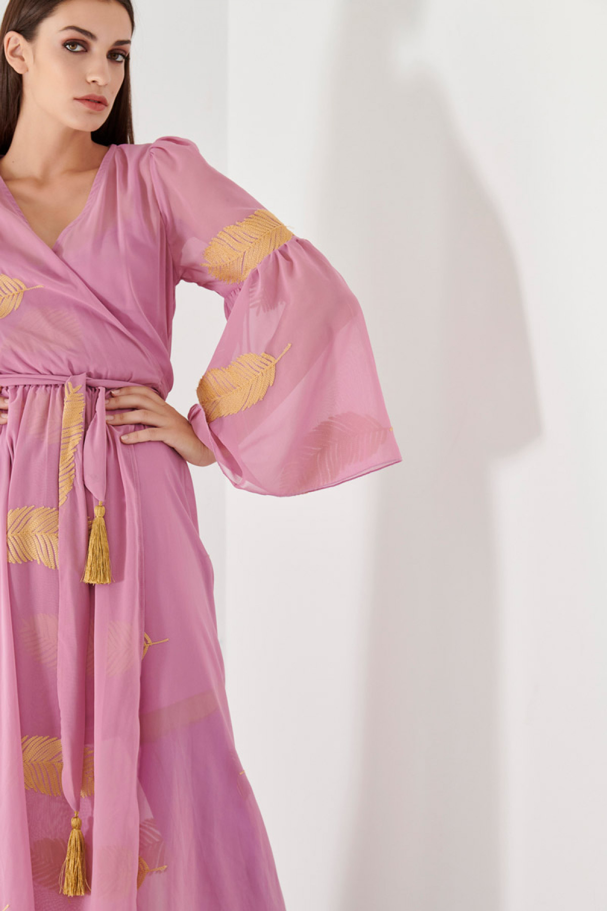 LONG CHIFFON DRESS WITH GOLDEN EMBROIDERY-pink