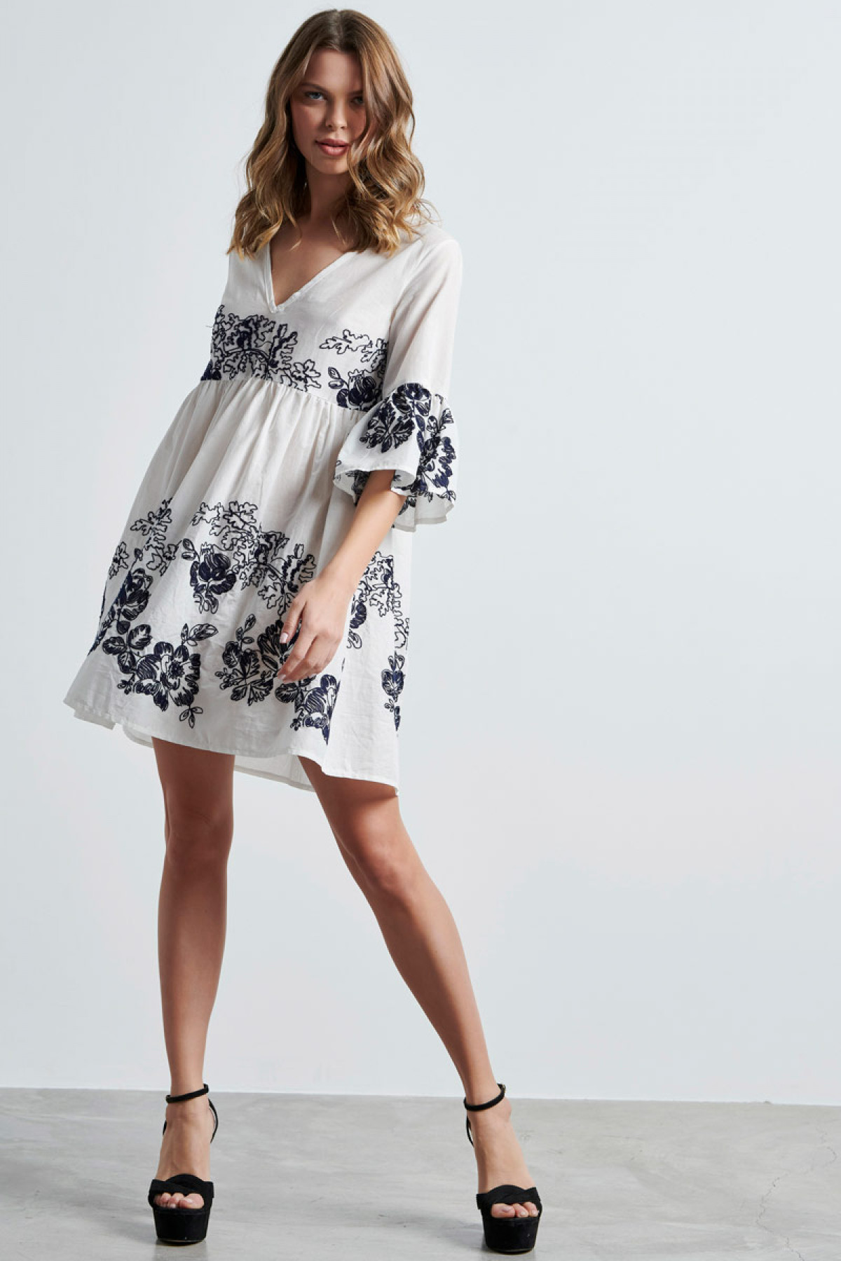 BOHO POPLIN DRESS WITH EMBROIDERY IN WHITE