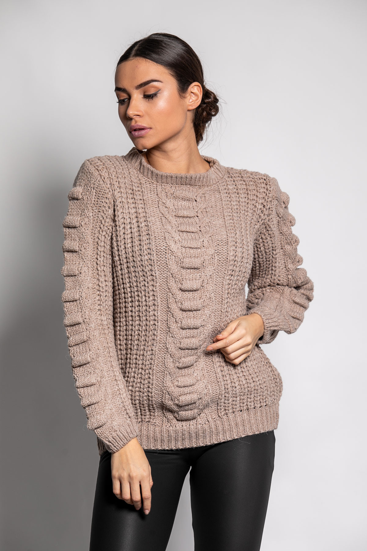 BEIGE SOFT KNITTED BLOUSE