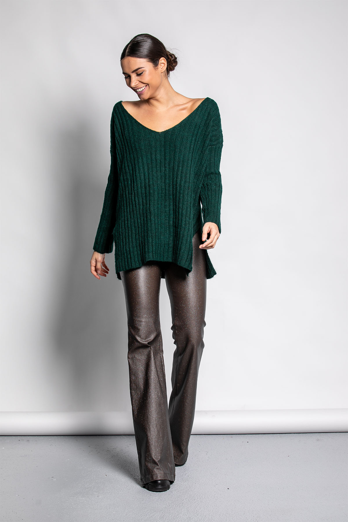 GREEN WIDE RIBBED KNIT BLOUSE