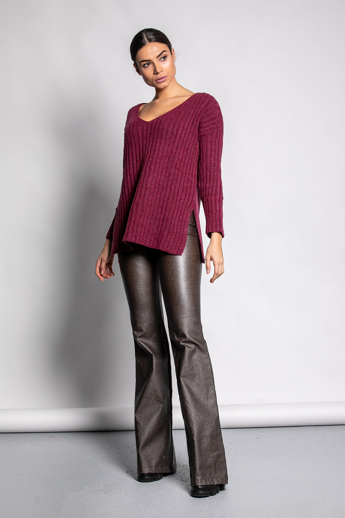 MAGENTA WIDE RIBBED KNIT BLOUSE