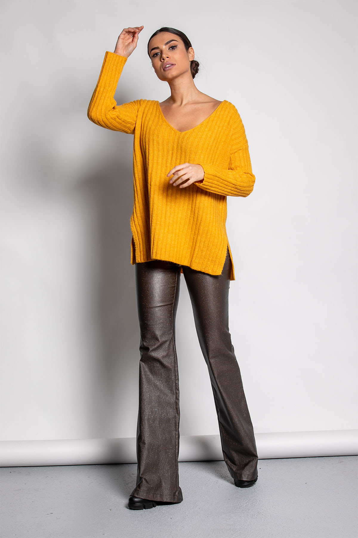 OCHER WIDE RIBBED KNIT BLOUSE