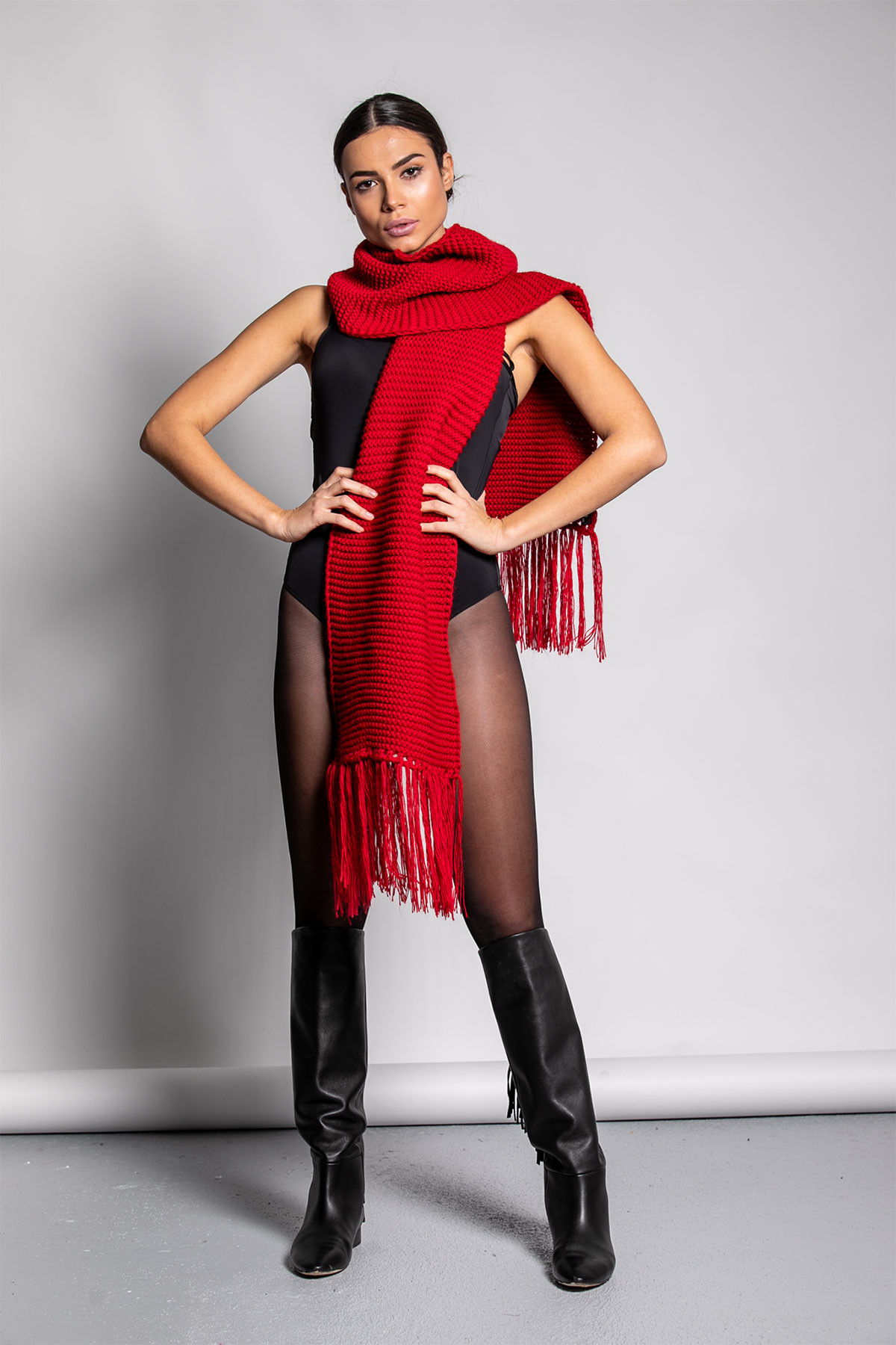RED LONG FRINGE SCARF