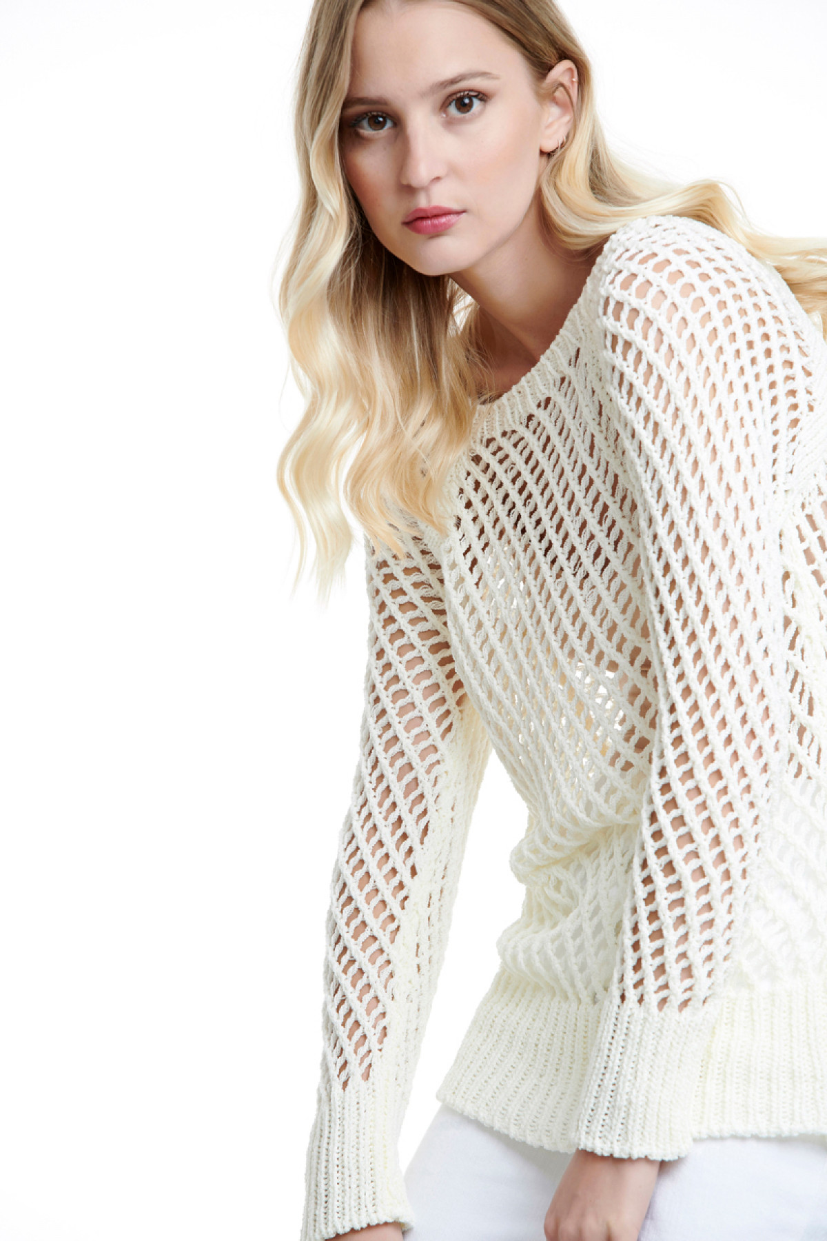 WHITE KNIT NET BLOUSE