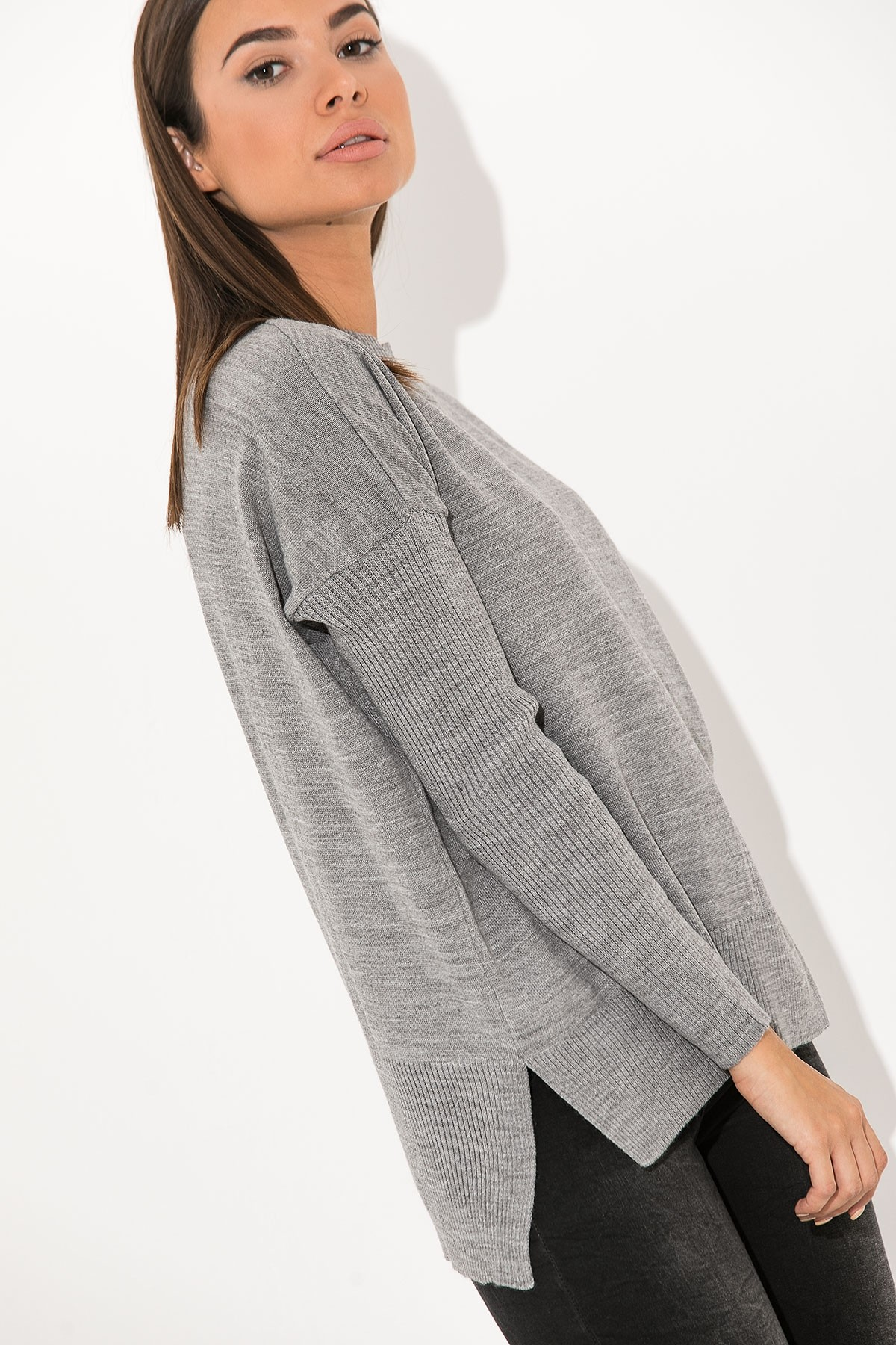GRAY BASIC KNIT TOP