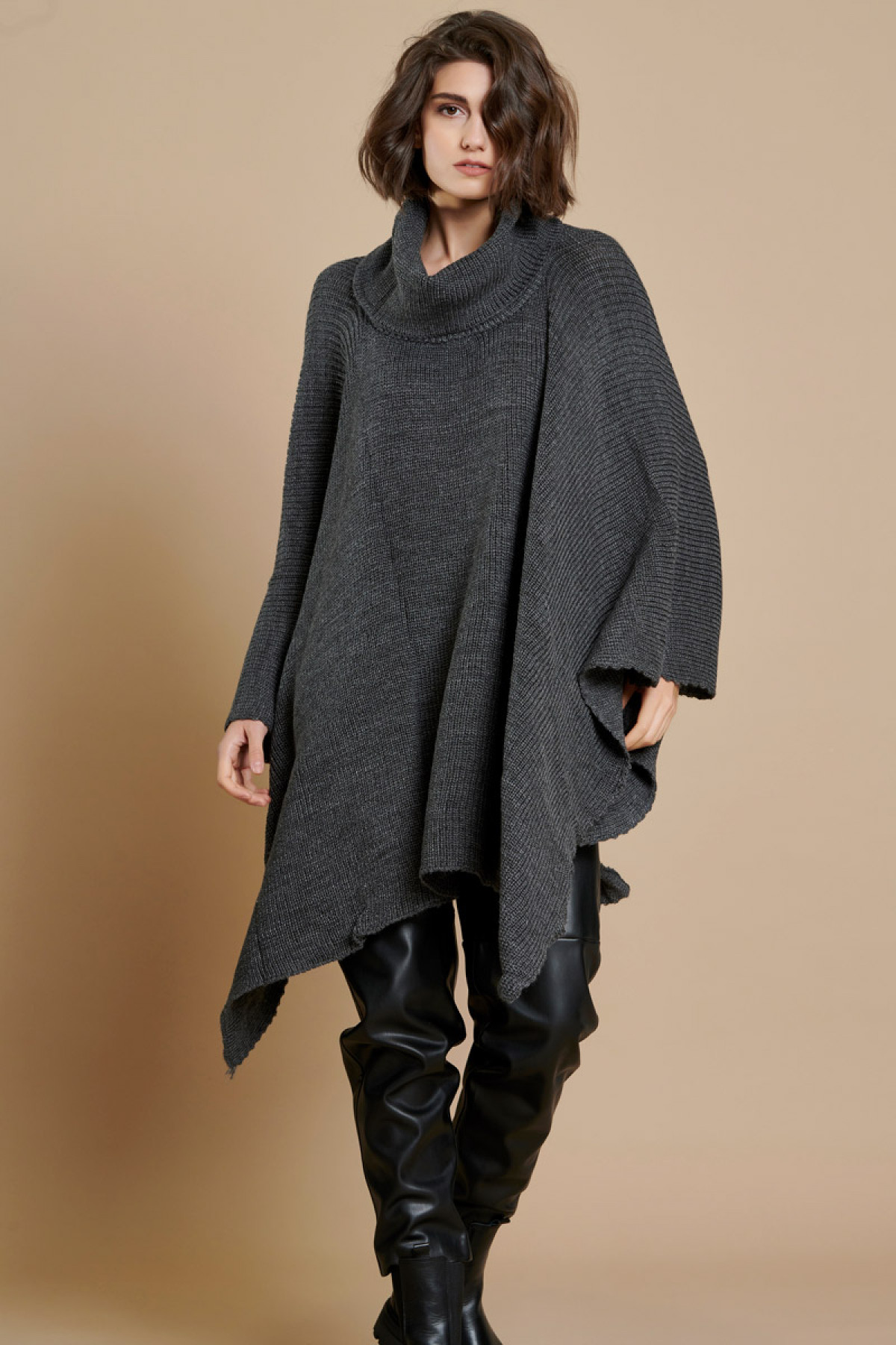 OVERSIZED KNIT PONCHO GRAY