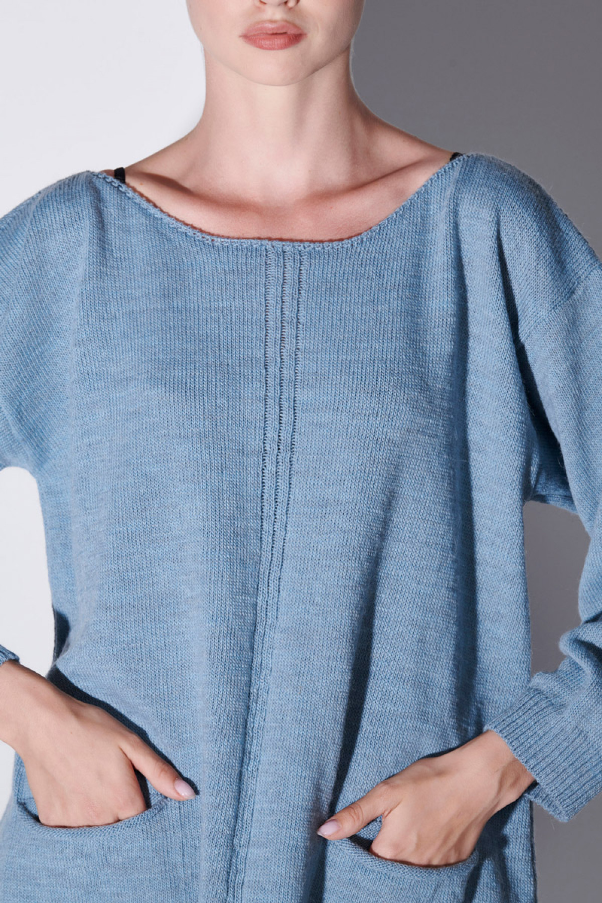 WOOL SWEATER WITH POCKETS IN BABY BLUE