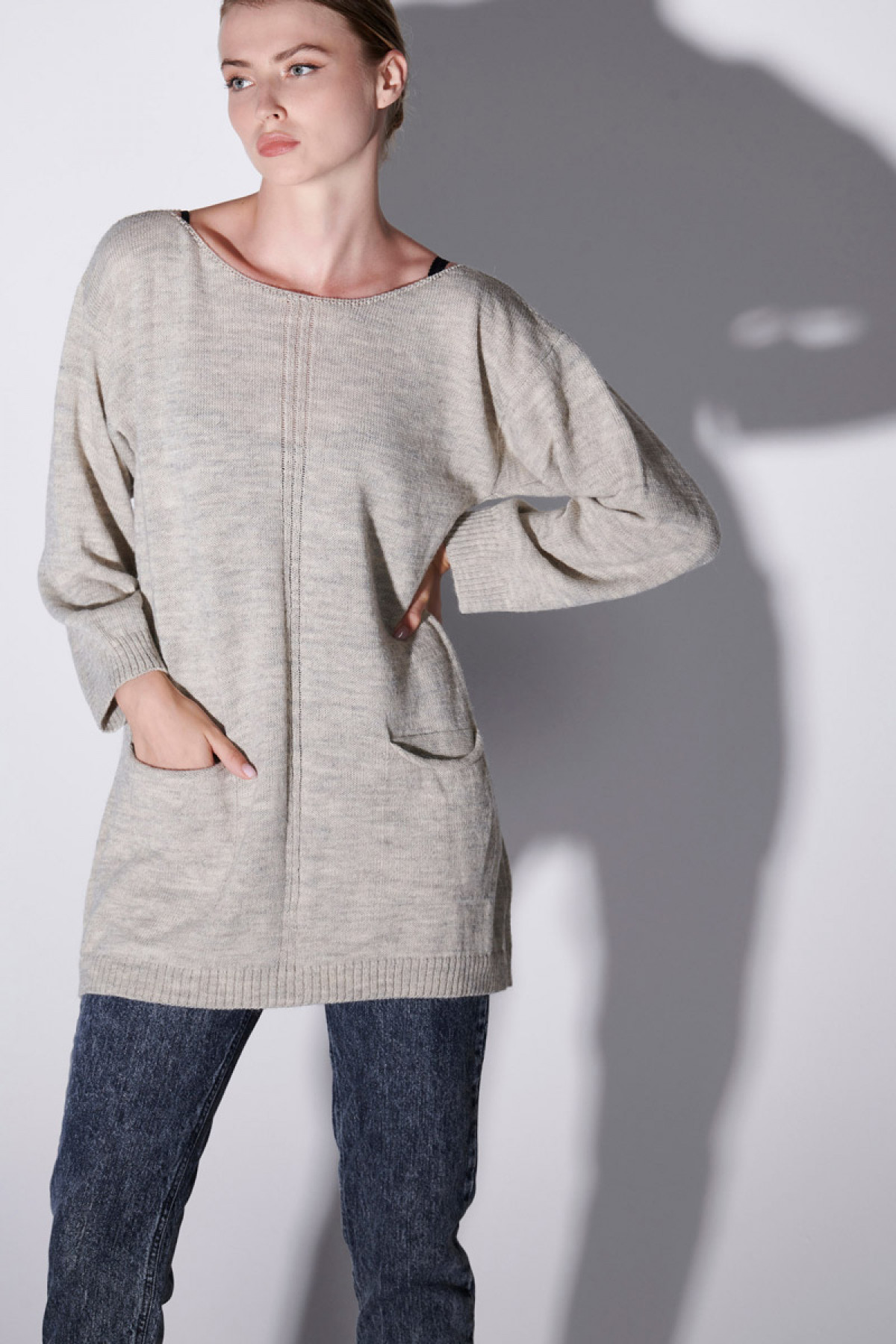 WOOL SWEATER WITH POCKETS IN LIGHT GRAY