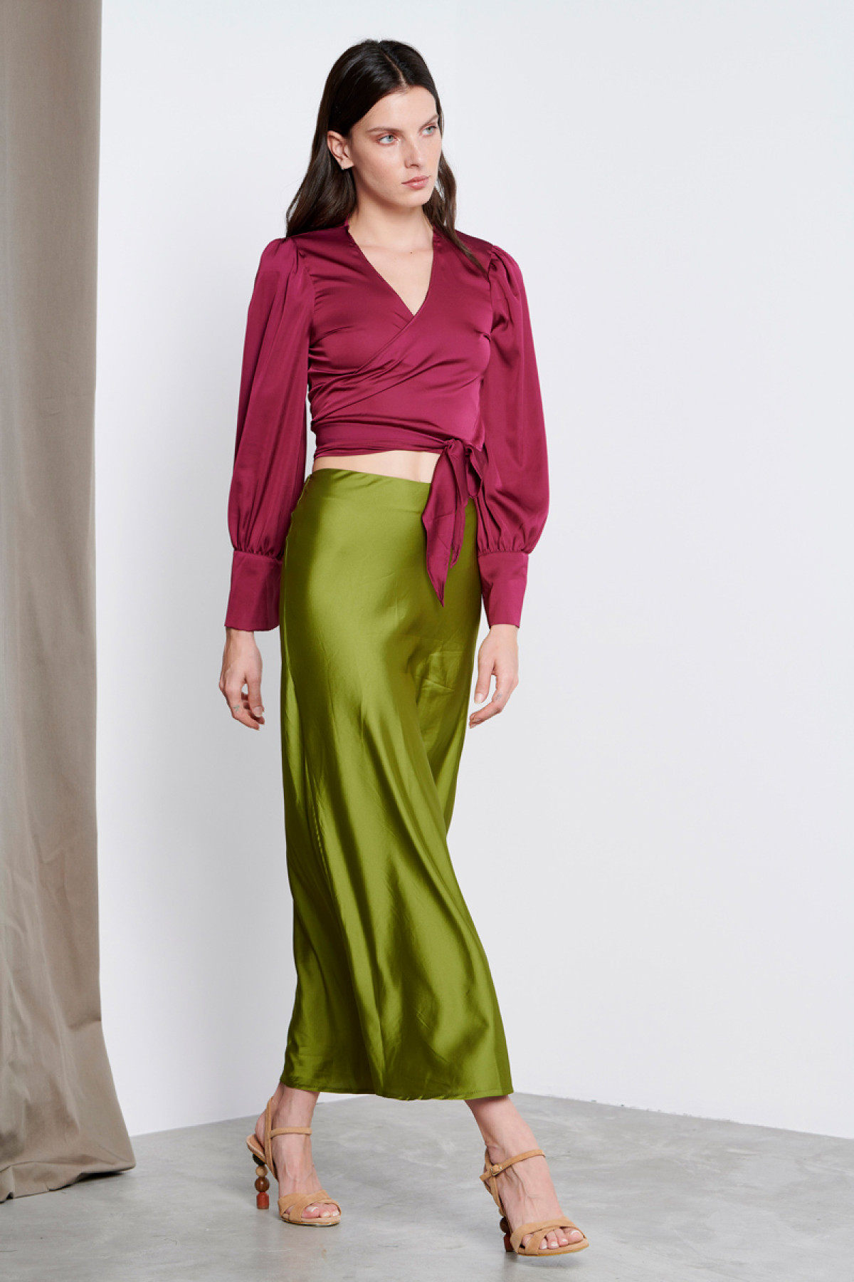 GREEN MIDI SATIN SKIRT