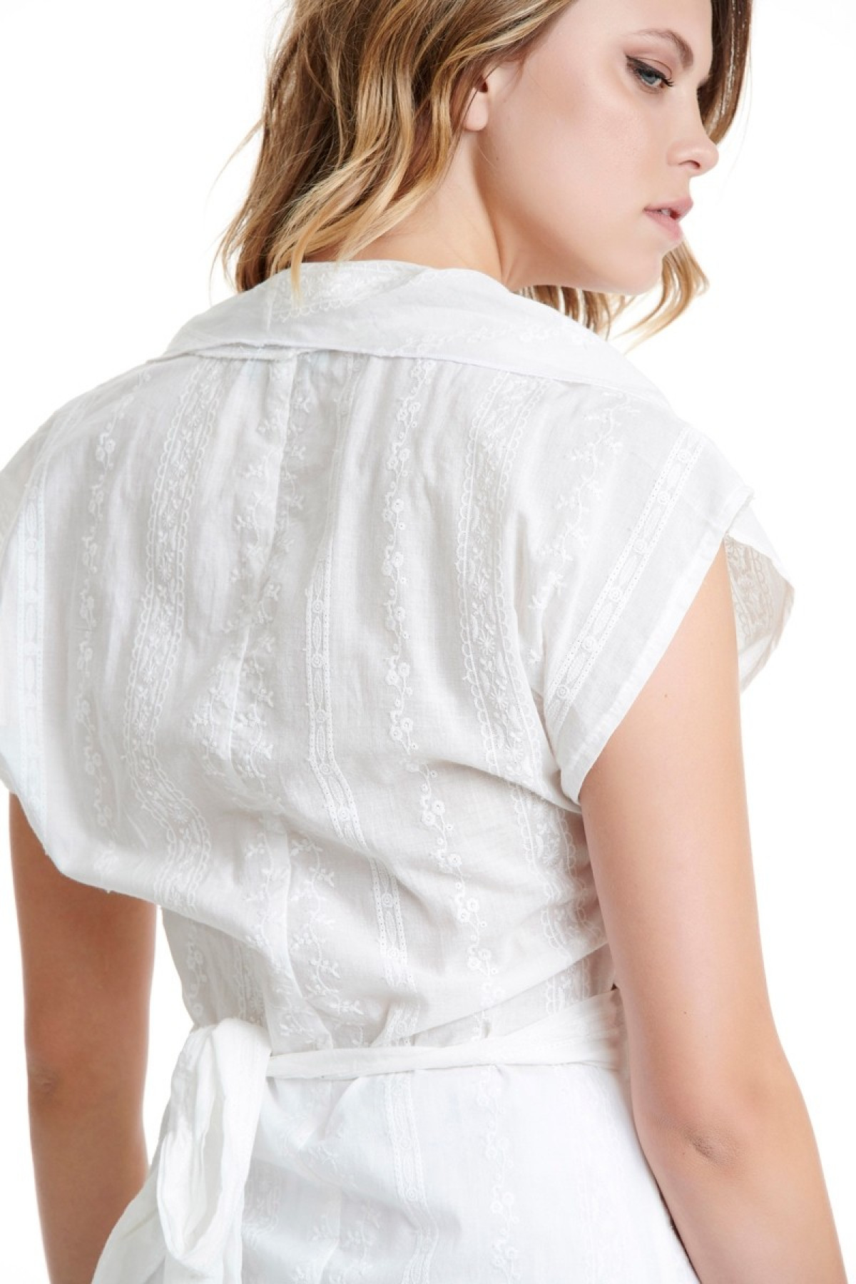 WHITE WRAP EMBROIDERED BLOUSE