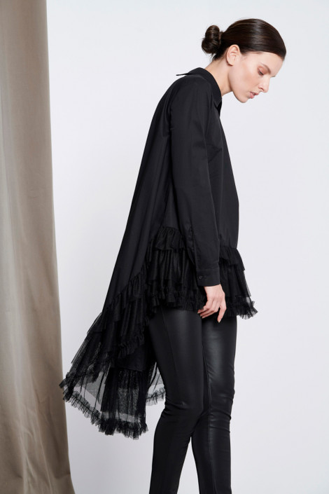 BLACK HIGH LOW SHIRT WITH TULLE