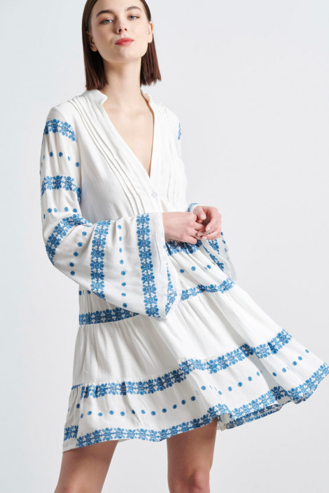 BOHO DRESS WITH EMBROIDERY IN WHITE