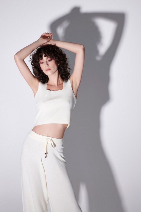 VISCOSE KNIT TROUSERS IN OFF WHITE