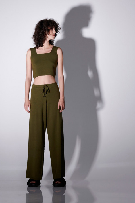 VISCOSE KNIT TROUSERS IN OLIVE